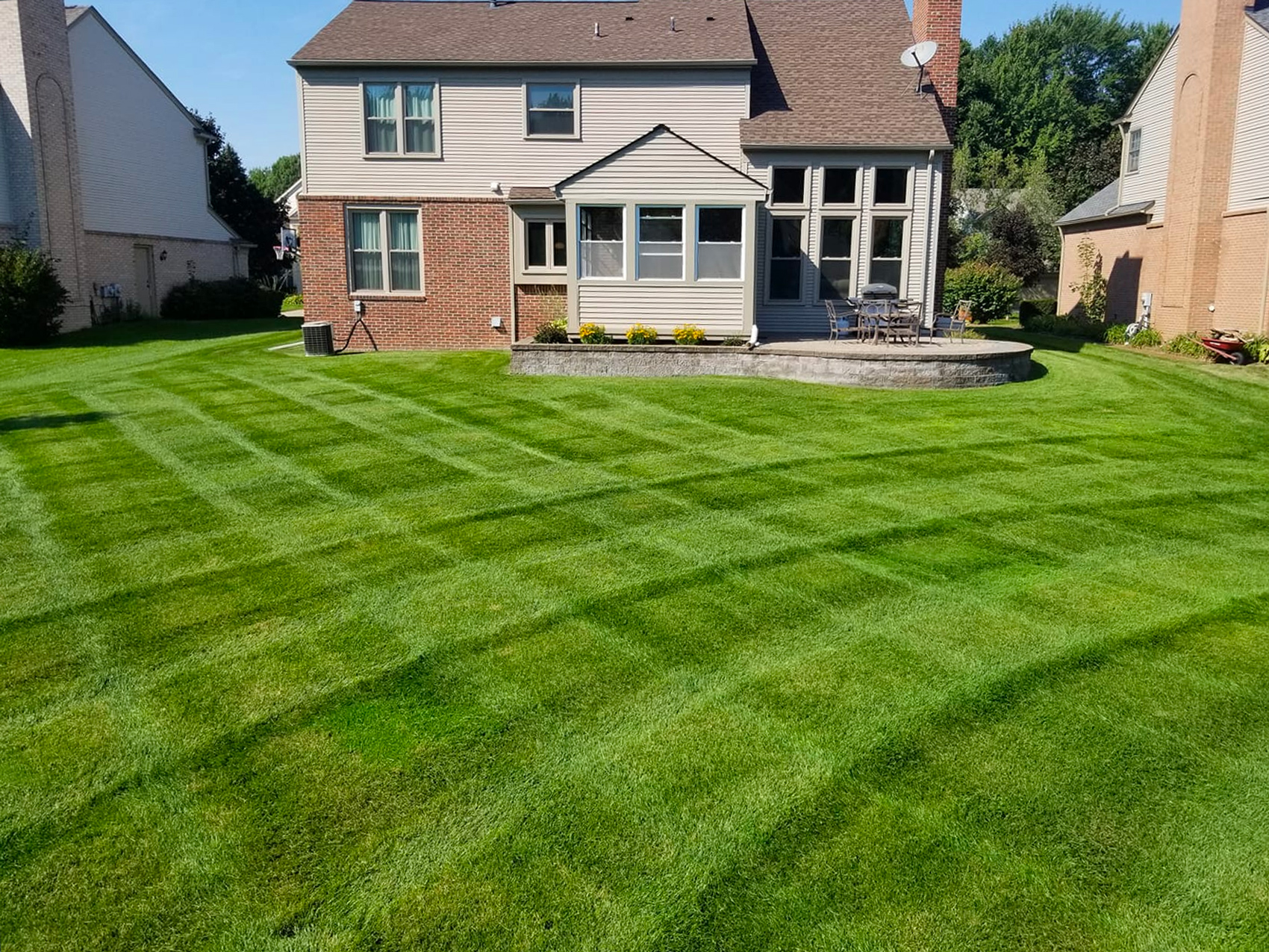 Lake Orion Lawn Mowing